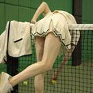 这个网球好难捡